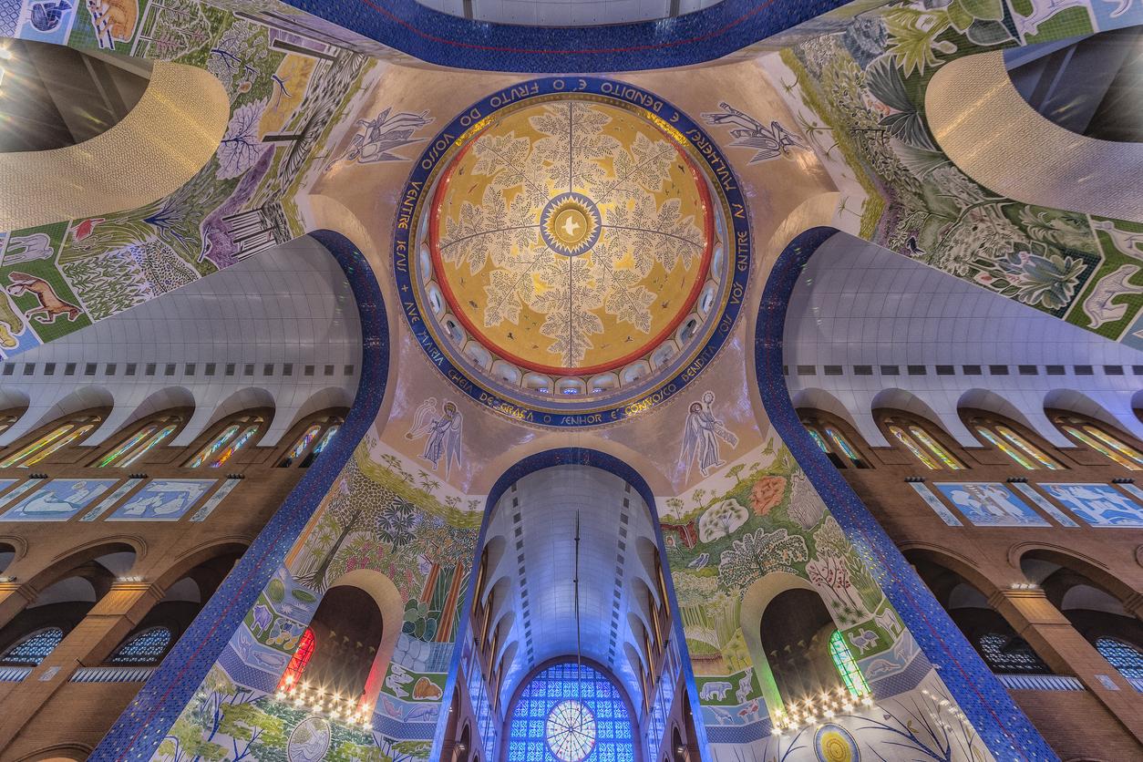 Antiikki ja historia – kirkot ja taide