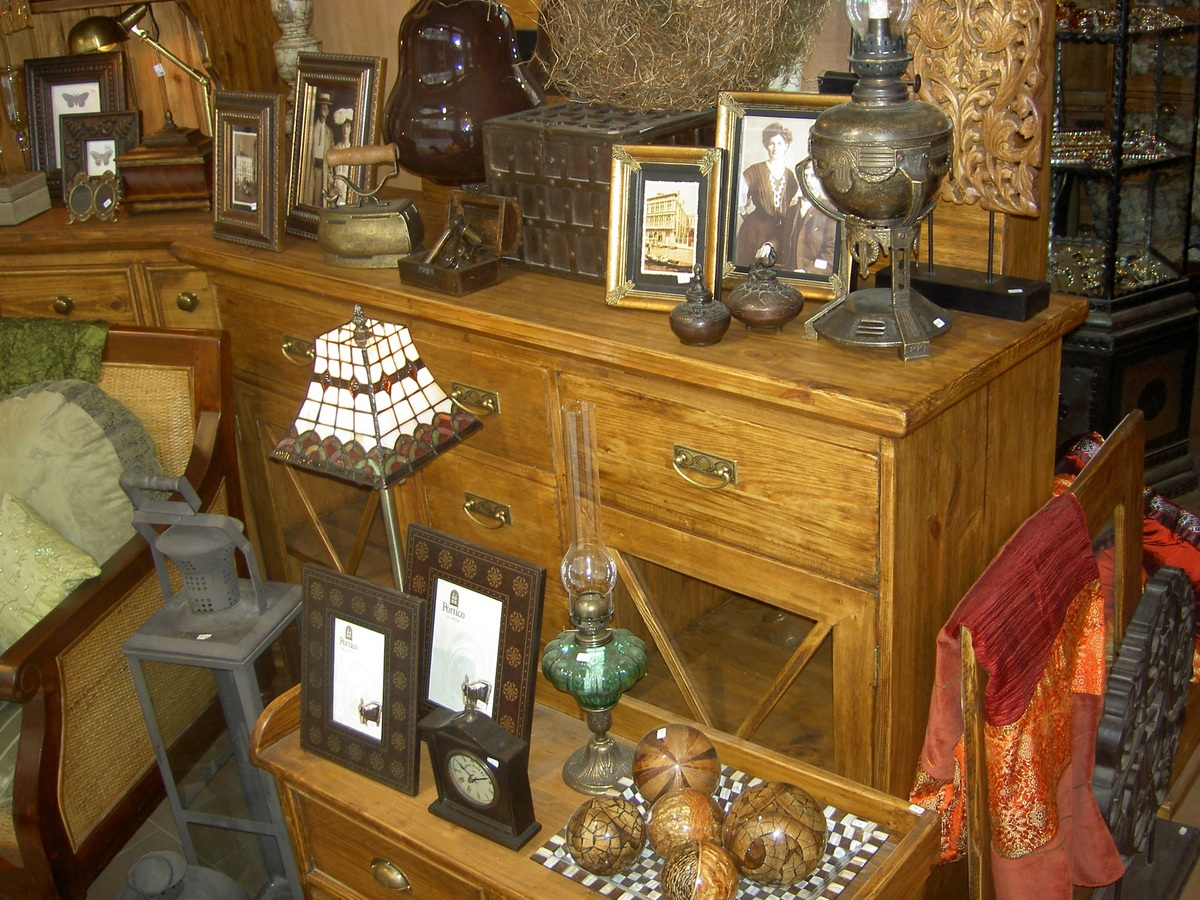 Antiikki sisustuksessa – huonekalut